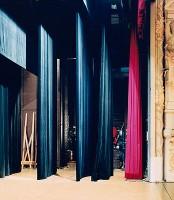 http://carolinanitsch.dreamhosters.com/files/gimgs/th-193_HOF-0001-Theatre-Municipal-Calais-II.jpg